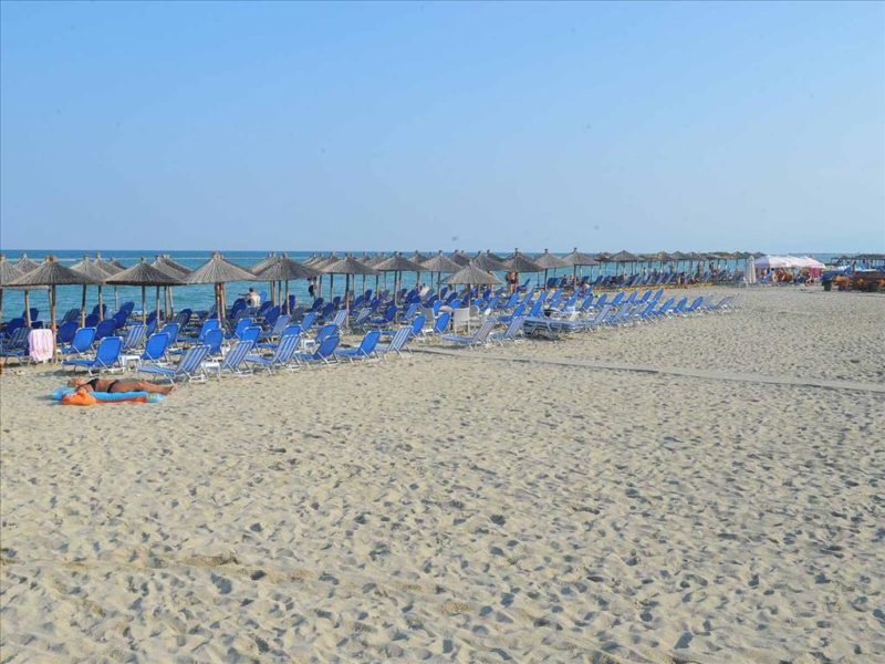 PLATON BEACH. 6